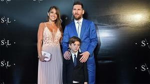 Elegancia pura: Messi, Antonela y Thiago en la boda de Luis Suárez
