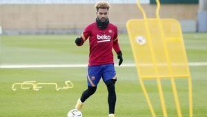 Último entrenamiento del Barça antes de recibir al Levante