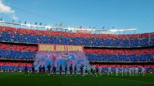 El Camp Nou rozó el lleno