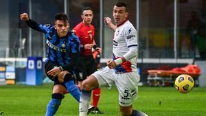 Lautaro define el 1-0 ante la oposición de Golemic