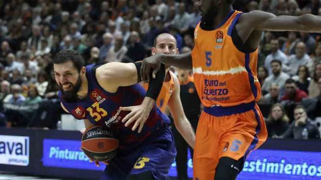 Mirotic, durante el partido contra el Valencia Basket