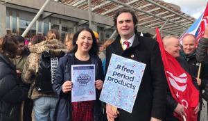 Escocia, primer país del mundo en ofrecer de manera gratuita los productos menstruales