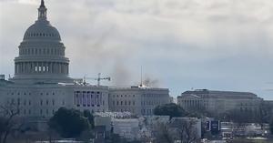 Cierran el Capitolio de urgencia por una amenaza externa; sale humo del interior