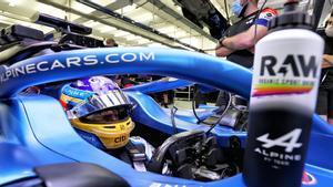 Alonso , aún a medio gas en su regreso a la Fórmula 1