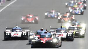 Conway ha relevado a Kobayashi al volante del Toyota que manda en Le Mans