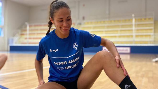María Prieto OMullony, jugadora profesional de balonmano