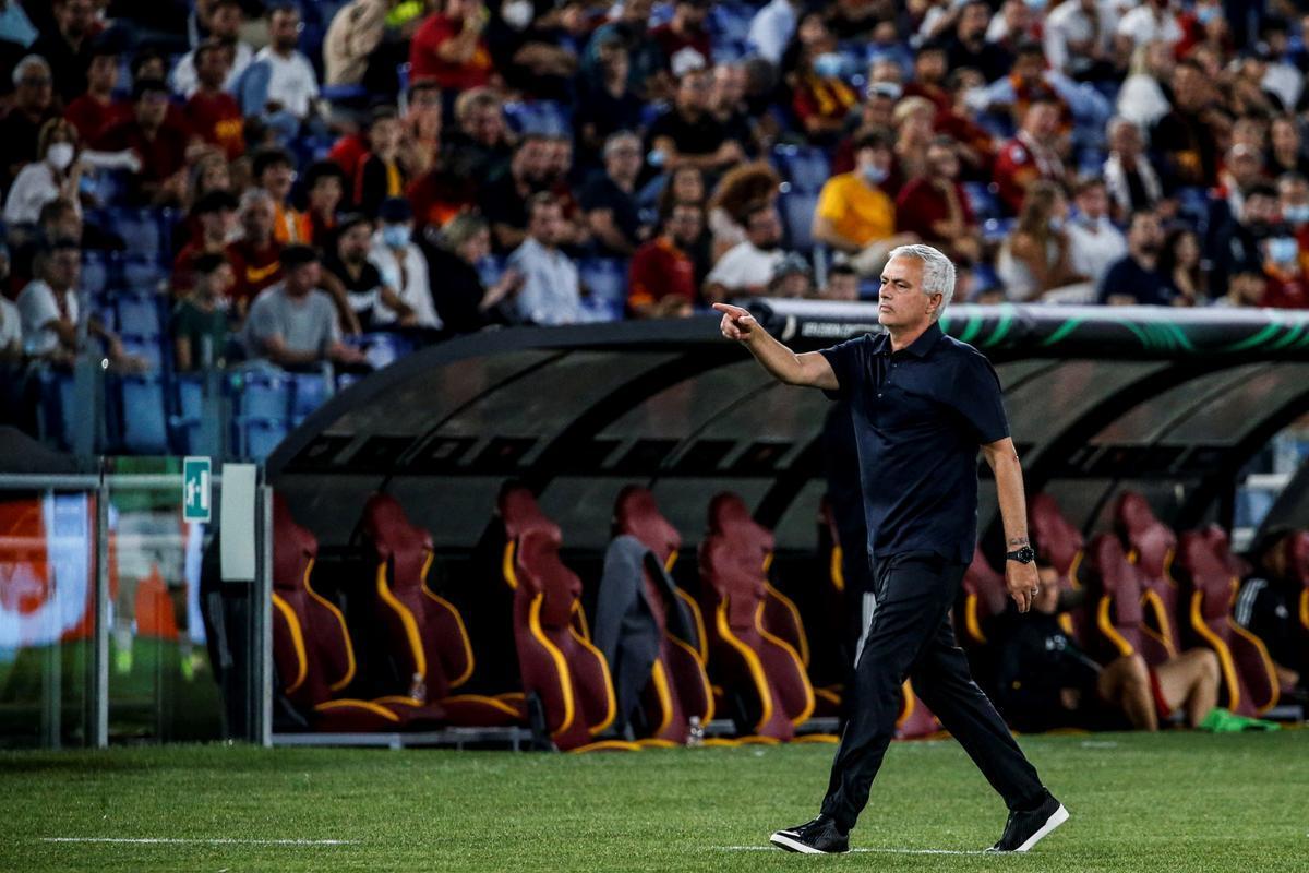 Mourinho se está ganando a la afición de la Roma