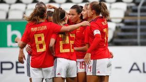 La Selección celebrando uno de los tantos ante Islas Feroe