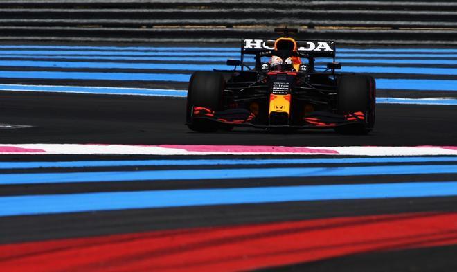Verstappen, en acción en Paul Ricard