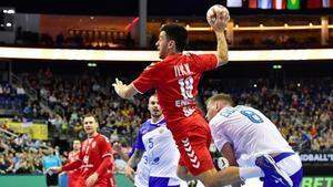 Nemanja Ilic, internacional con Serbia, durante el Mundial