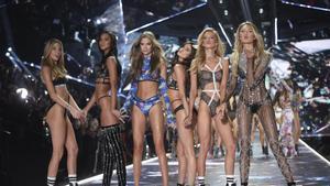 Adiós a los ángeles de Victorias Secret: la firma abandona esta seña de identidad