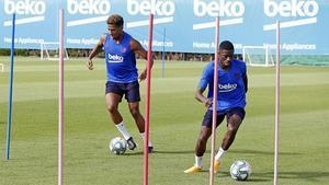 Así ha sido el duro entrenamiento de Dembélé y Todibo