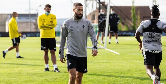 David Juncà en un entrenamiento con el Celta de Vigo