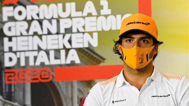 Sainz atiende a los medios antes del GP de Italia