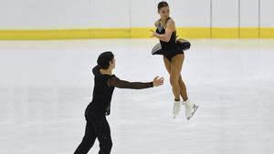 Dorota Broda y Pedro Betegón durante una actuación