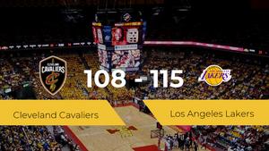 Los Angeles Lakers se impone por 108-115 frente a Cleveland Cavaliers