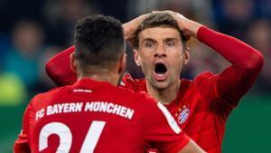 Thomas Müller se lamenta durante un partido con el Bayern Múnich