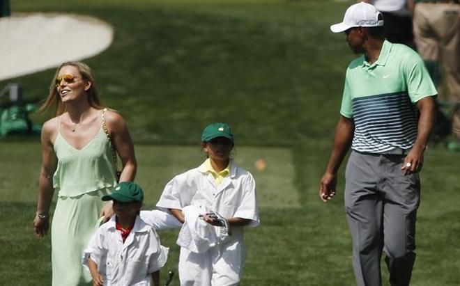 Woods, sa petite amie Lidnsey Vonn et leurs enfants, à Augusta
