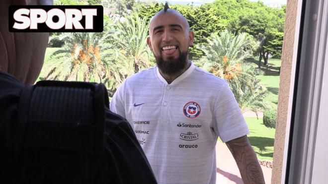 El divertido momento de Arturo Vidal con SPORT