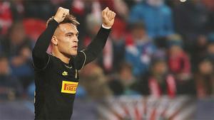 El doblete de Lautaro ante el Slavia de Praga