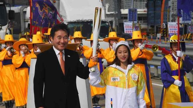 La llama olímpica ya está en Corea del Sur