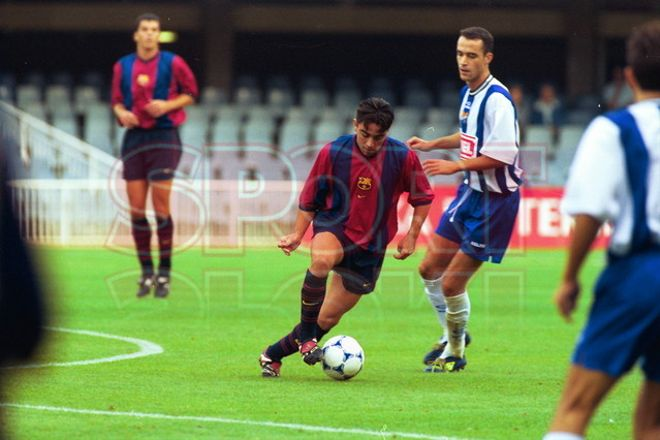 27.Xavi Hernández 1999-2000