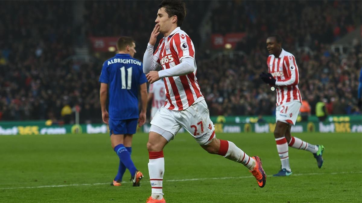 Bojan celebra un gol con el Stoke City