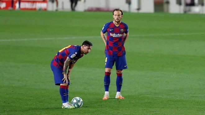 El FC Barcelona se reunirá con el representante de Ivan Rakitic