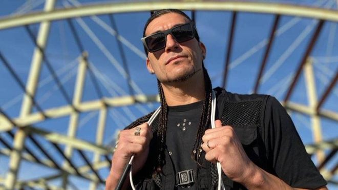 El cambio de look radical con el que Pinto Wahin prepara su vuelta a la música