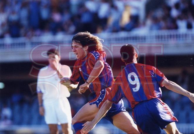 7.Carles Puyol 1997-98
