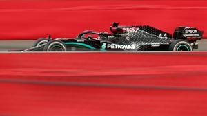 Hamilton parte como favorito en territorio Ferrari