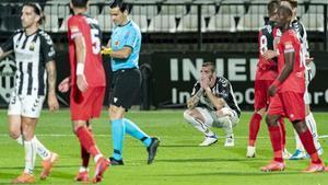 El Castellón firma su descenso y el Rayo sueña con el play-off