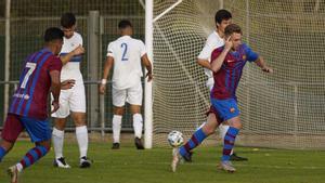 Peque fue el autor del primer gol del Barça B 2021/2022