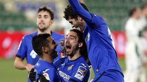 Cucurella, Ángel y Aleñá en el día de su debut con el Getafe.