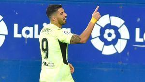 Luis Suárez celebra el tanto de la victoria ante el Eibar