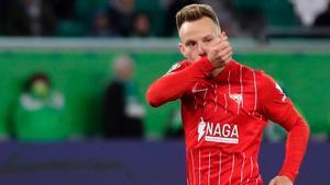 Rakitic celebra el gol al Wolfsburgo
