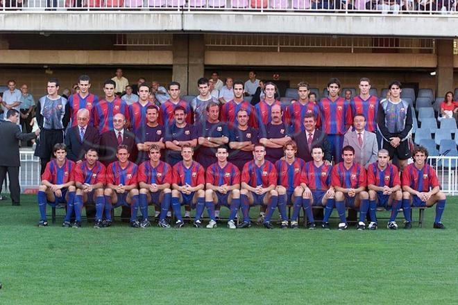 17.Víctor Valdés 2002-2003