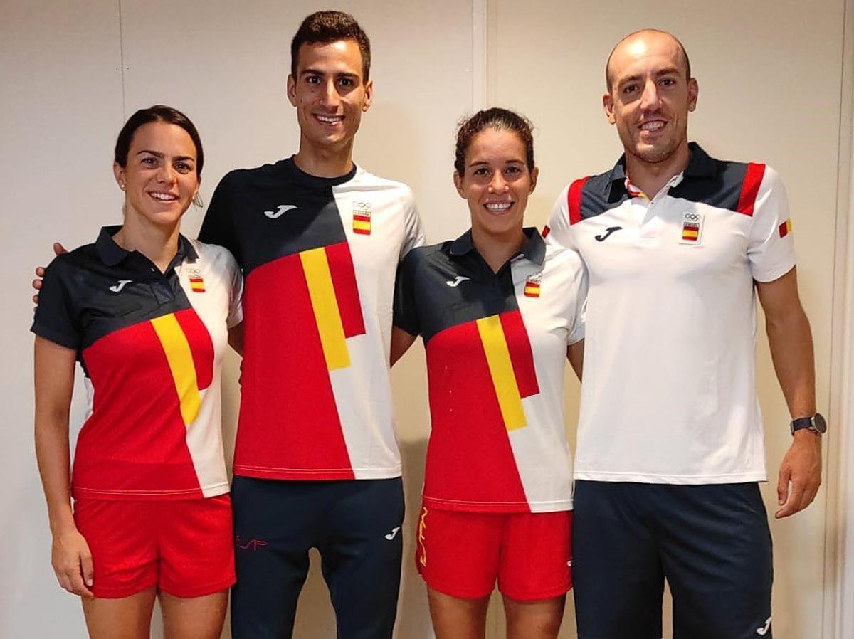 Ana Godoy, Fernando Alarza, Miriam Casillas y Mario Mola, el relevo mixto español de triatlón.
