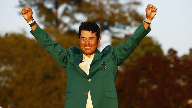 Matsuyama pudo sonreir al fin, cuando se enfundó la chaqueta verde de campeón