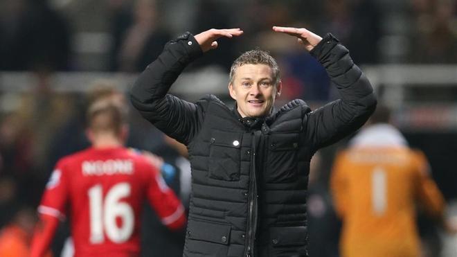 Solskjaer se hará cargo del banquillo del Manchester United