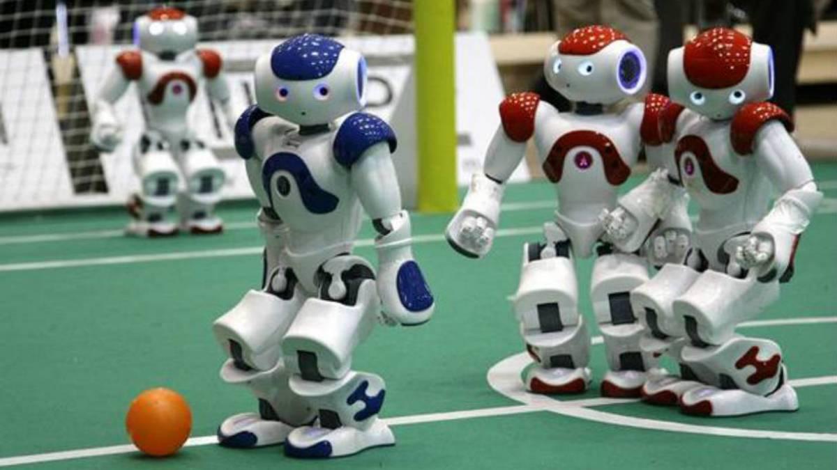¿Podrán ganar los robots a un equipo humano de fútbol en 2050?