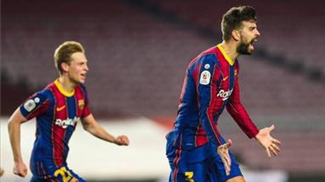 Gerard Piqué, celebrando el gol marcado ante el Sevilla