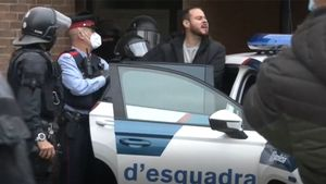 Los Mossos detienen en Lleida al rapero Pablo Hasél