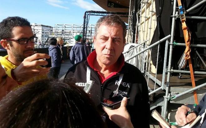 Ramón Cid compareció ante los medios españoles en Zúrich