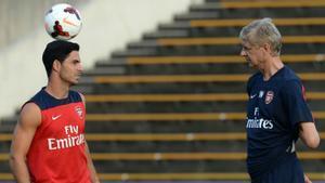 Wenger: Arteta tiene los ingredientes para ser un muy buen entrenador
