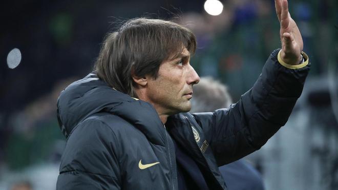Antonio Conte sigue siendo uno de los aspirantes a suceder a Zidane