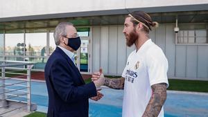 Florentino Pérez y Sergio Ramos llevan personalmente las negociaciones