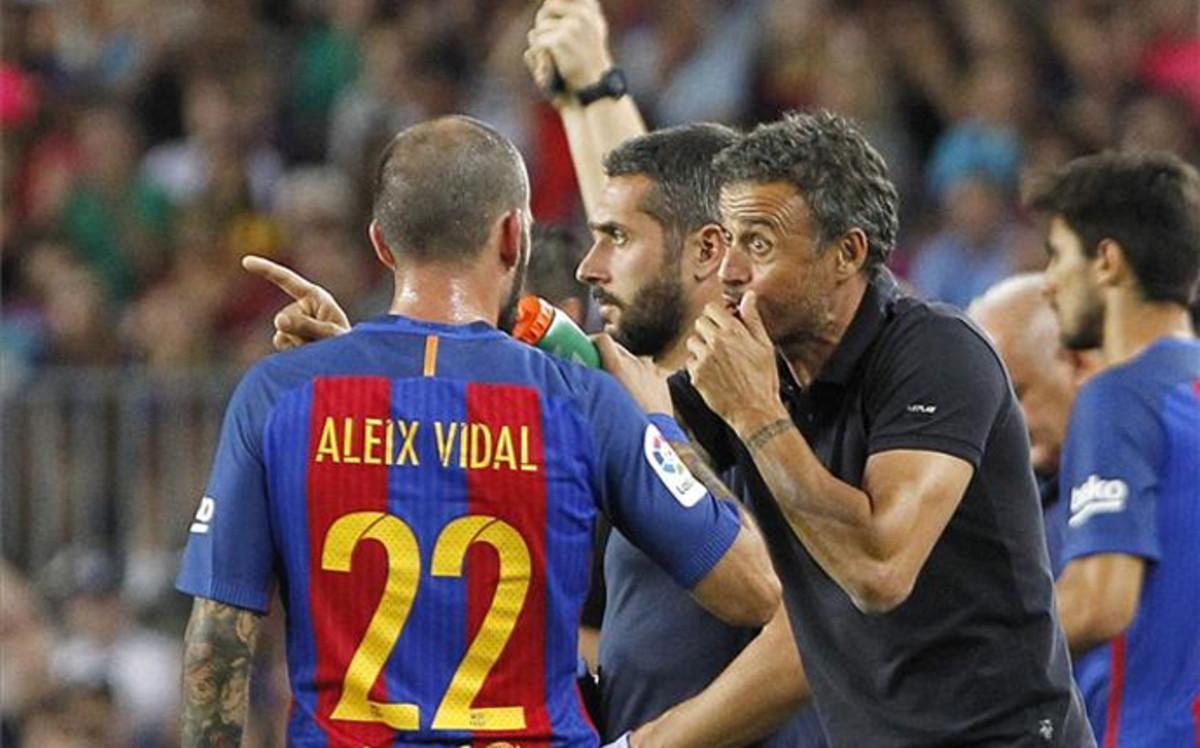 La relación entre Aleix Vidal y Luis Enrique no es la más idónea
