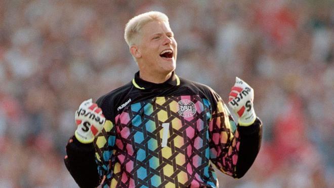 Imagen de archivo de Peter Schmeichel durante la Eurocopa de Suecia