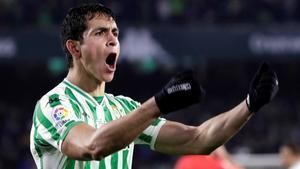 Aissa Mandi celebra su gol ante el Espanyol